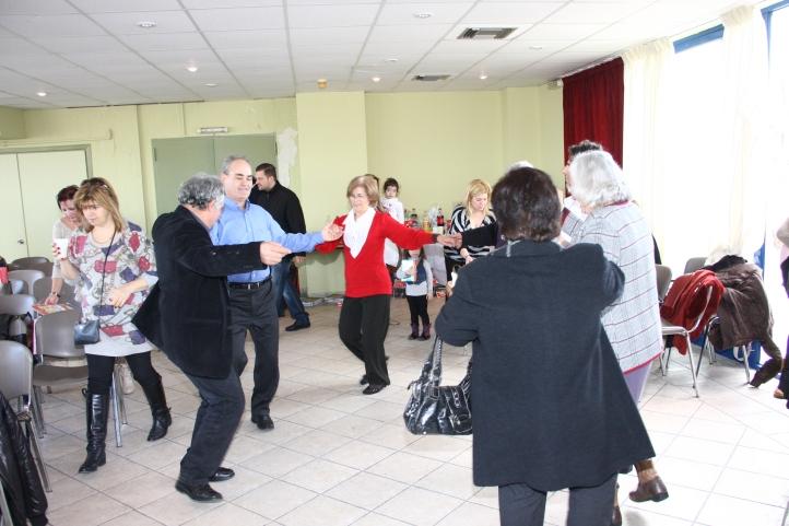 Μετά την πίτα οι χωριανοί χόρεψαν