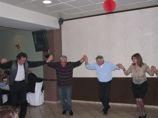 Χορος-2-3-2013-Συνεστίαση Ονειρο  (24)