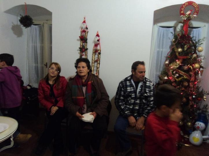 Χριστουγεννιατικη εορτη Καμιναρατ 28-12-2014 (12)