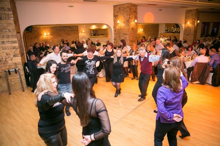 4-χορος (58)