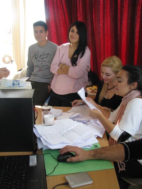 Η εφορευτική μας επιτροπή στις εκλογές του 2013