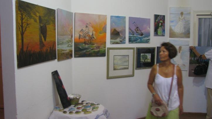 2015-08-08 εκθεση ζωγραφικης Κελι Καμιναρατα (24)