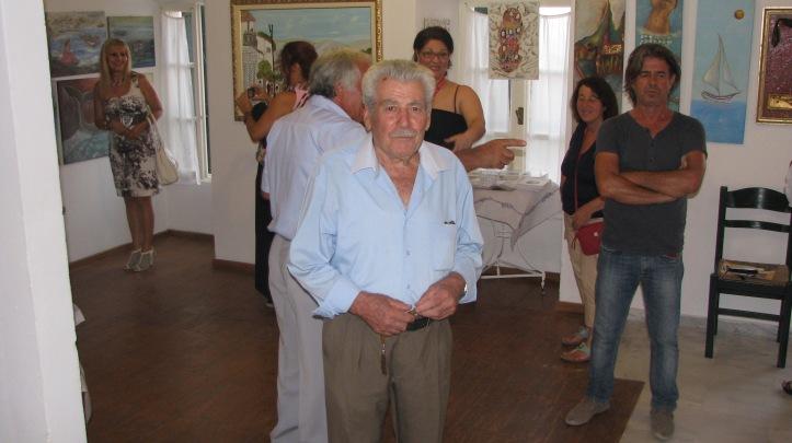 2015-08-08 εκθεση ζωγραφικης Κελι Καμιναρατα (3)