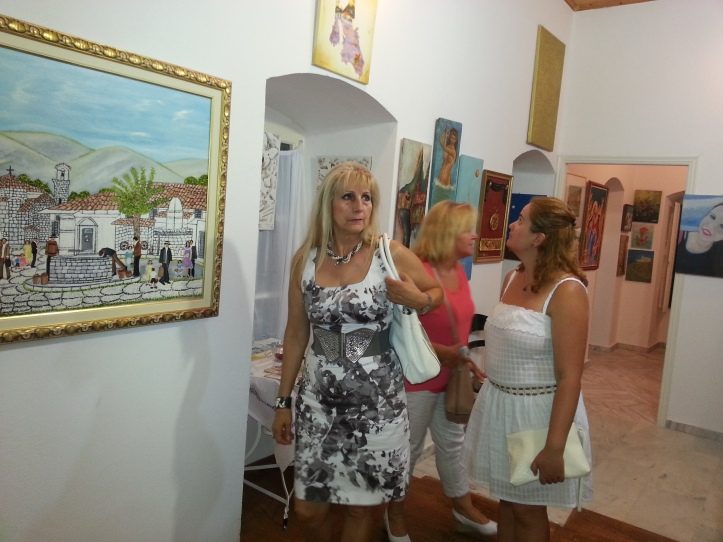 2015-08-08 εκθεση ζωγραφικης Κελι Καμιναρατα (76)