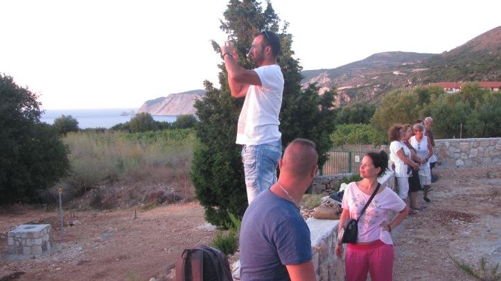 Ο Δημήτρης απαθανατίζει το Ηλιοβασίλεμα