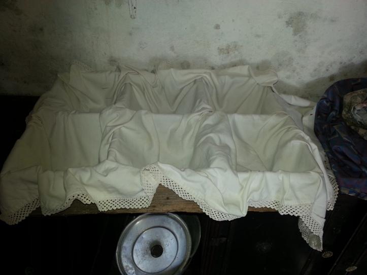 Η πινακωτή έτοιμη να υποδεχτεί τα καρβέλια