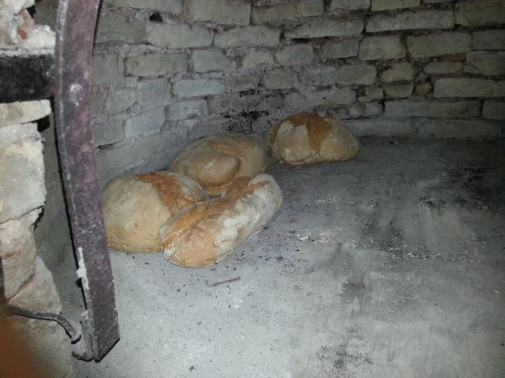 Το ψωμί είναι έτοιμο για ξεφούρνισμα