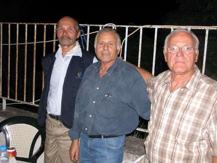 2011-08-16-συνεστιαση-4 (63)-Σταθατος Νικος-Βλασης-Χαραλαμπος