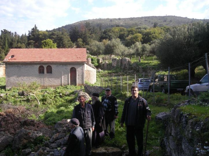 Βρυση Ταφιου-Ευσεβιος-Νικος-Βαγγελης-Μπαμπης (7)