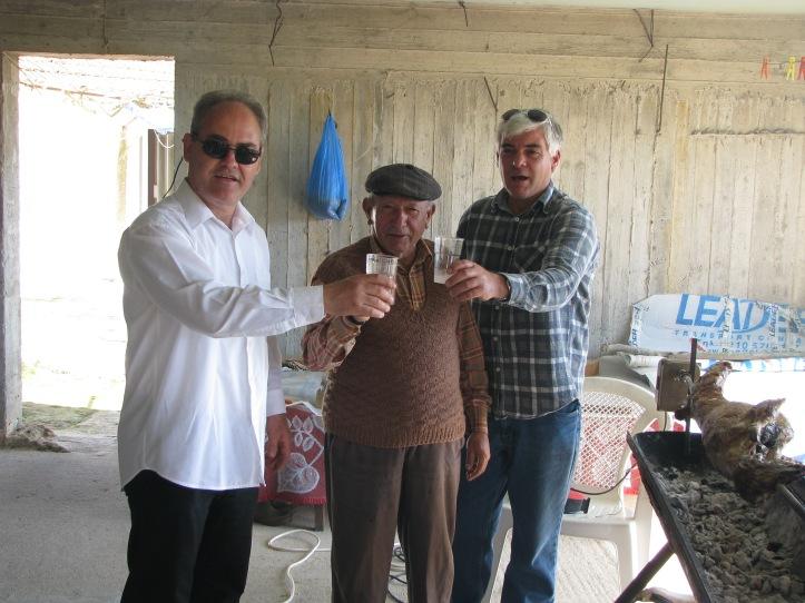 Φανος Αθανασιος-Βασιλης--Γαλιατσατος Ηλιας--2010-04-04-Πασχα (12)